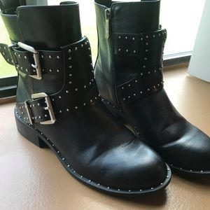 Charles by Charles David Ankle Boots s 8